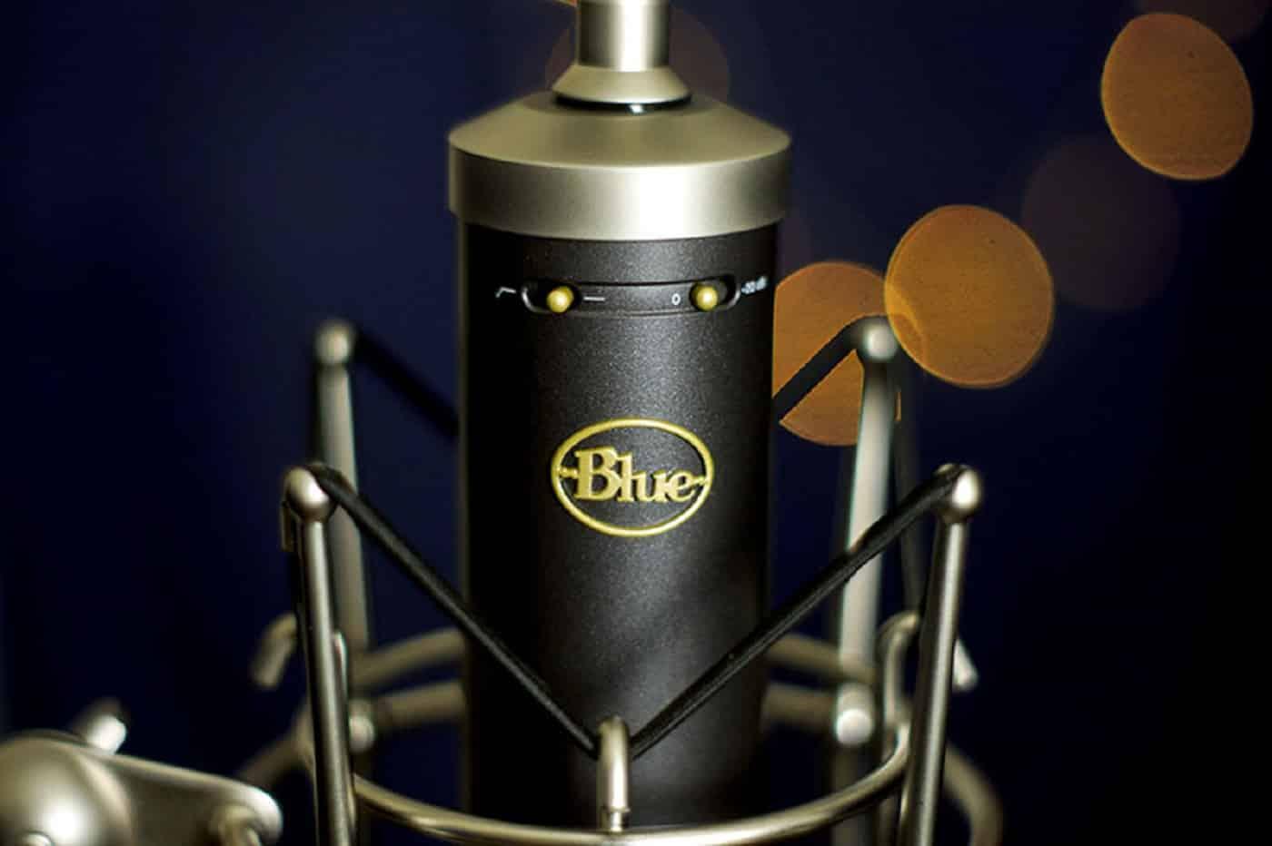 Le Blue Baby Bottle SL est un microphone à condensateur à grand diaphragme.