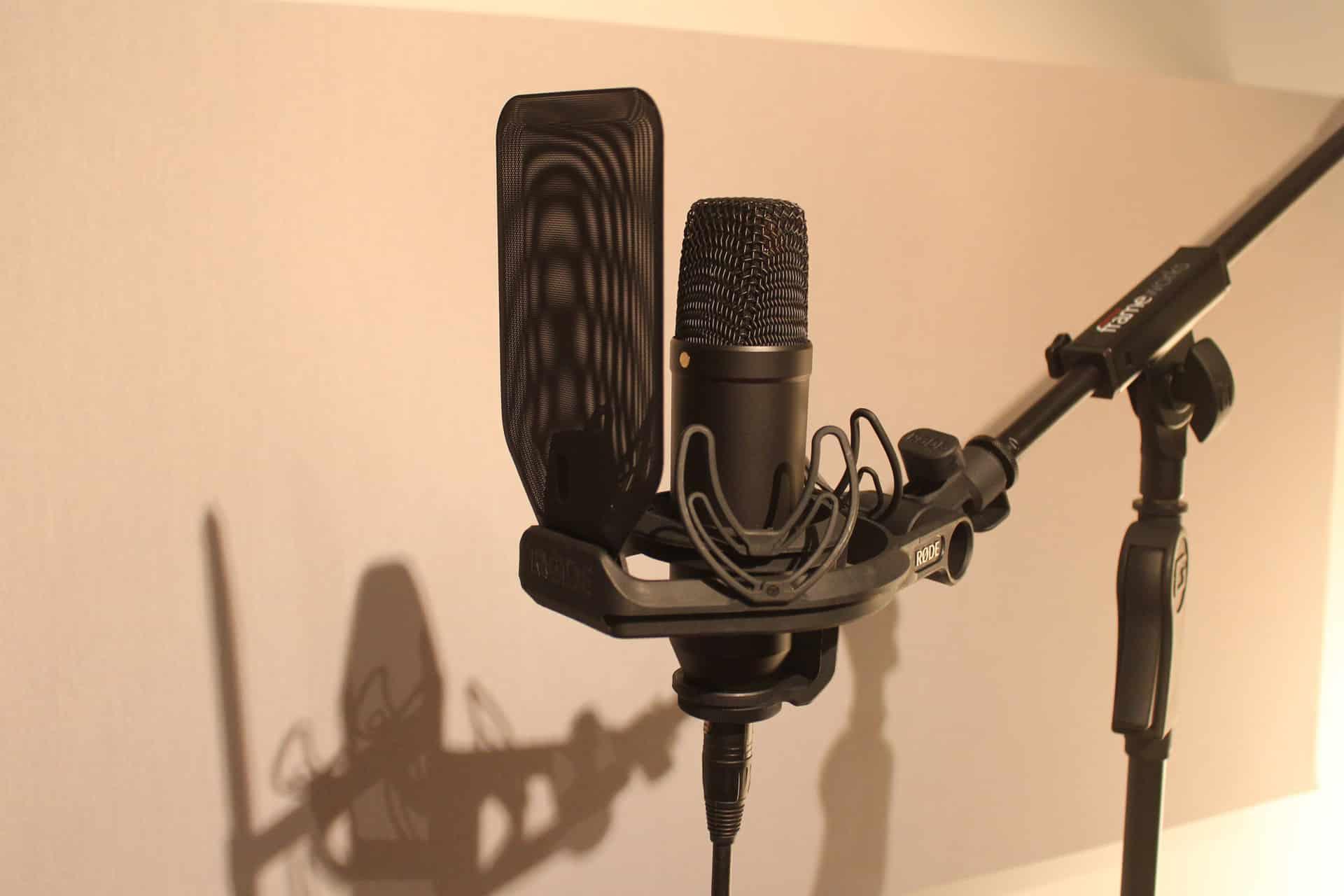 Le microphone a un design soigné