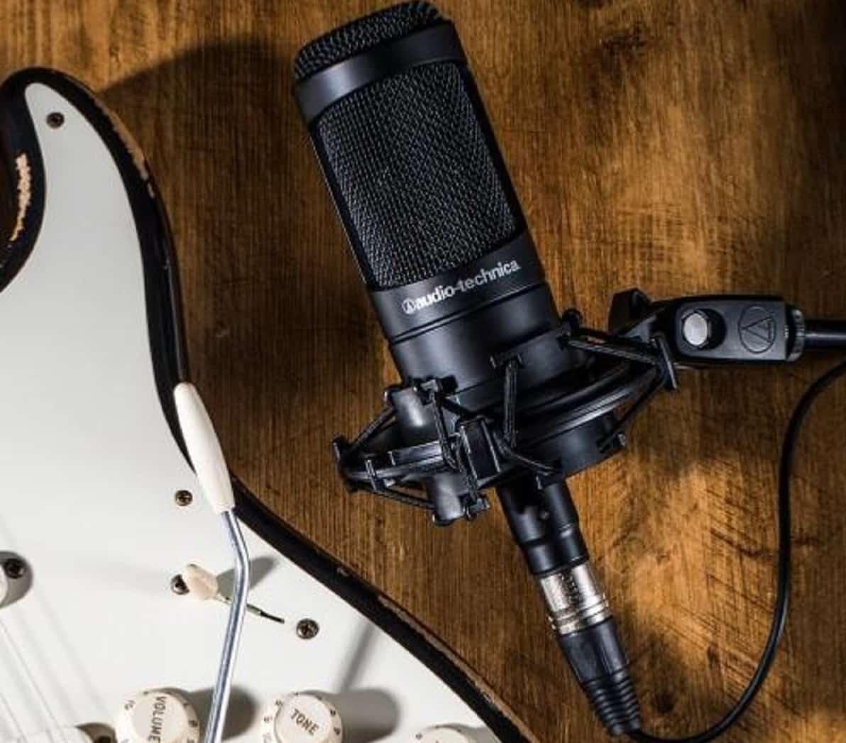 Un bon microphone dynamique studio