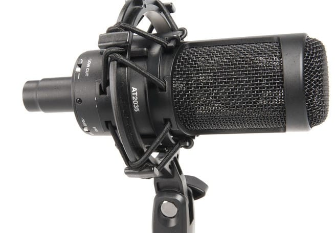 Un microphone plug and play