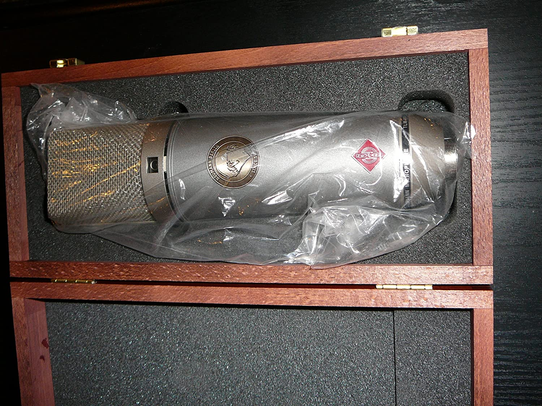 Un microphone à condensateur polyvalent
