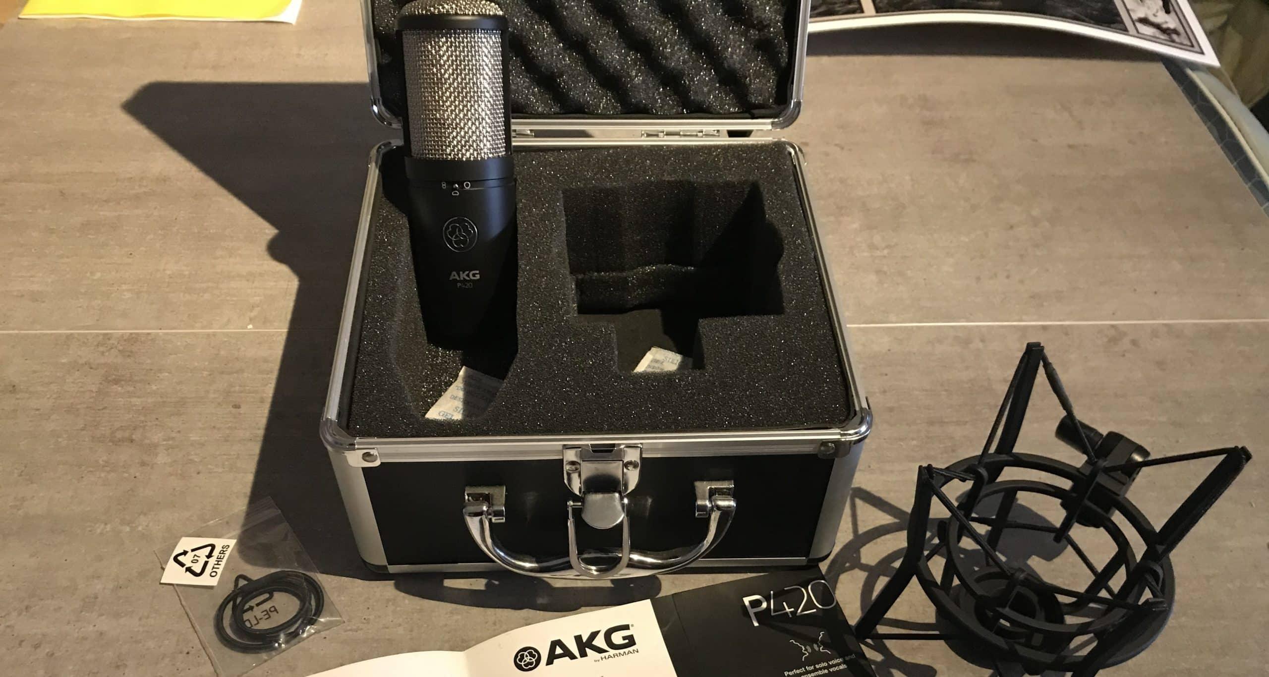 AKG P420 : un microphone à condensateur polyvalent